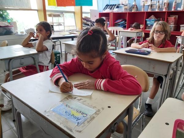 Bilinguismo en Bureche School